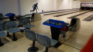 Bowling-Herna-II