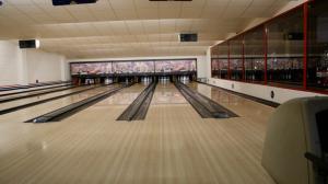 Bowling-Herna-IV
