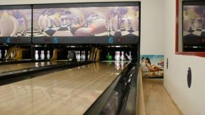 Bowling-Herna-VI