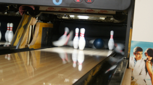 Bowling-Herna-VIII